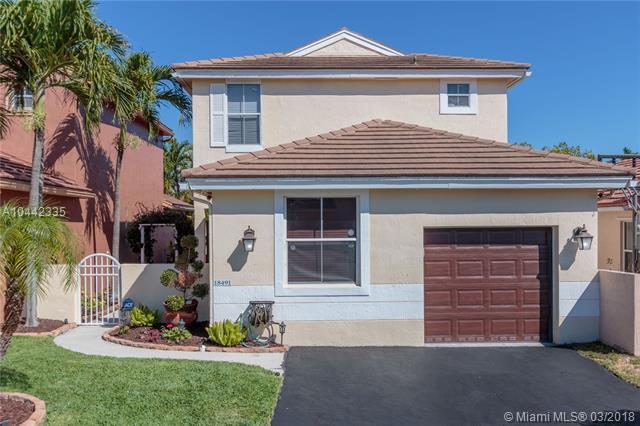18491 NW 22nd St, Pembroke Pines, FL 33029 (MLS #A10442335) :: Green Realty Properties