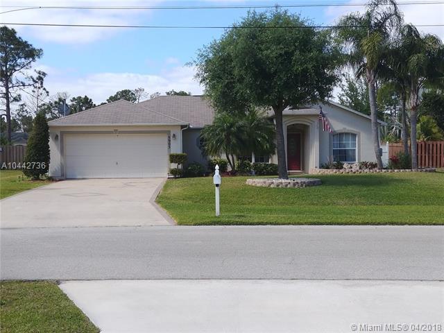 5903 NW Hann Drive, Port St. Lucie, FL 34986 (MLS #A10442736) :: Stanley Rosen Group