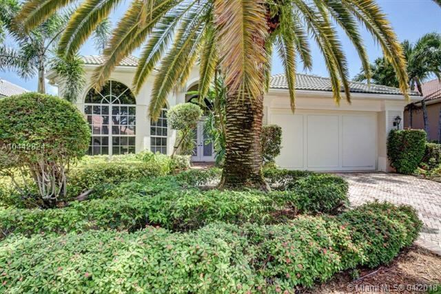 120 Banyan Isle Dr, Palm Beach Gardens, FL 33418 (MLS #A10442824) :: Green Realty Properties