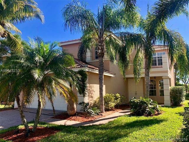10322 Gentlewood Forest Dr, Boynton Beach, FL 33473 (MLS #A10443270) :: Stanley Rosen Group