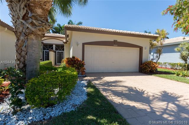 10600 Royal Caribbean Cir, Boynton Beach, FL 33437 (MLS #A10443694) :: Jamie Seneca & Associates Real Estate Team