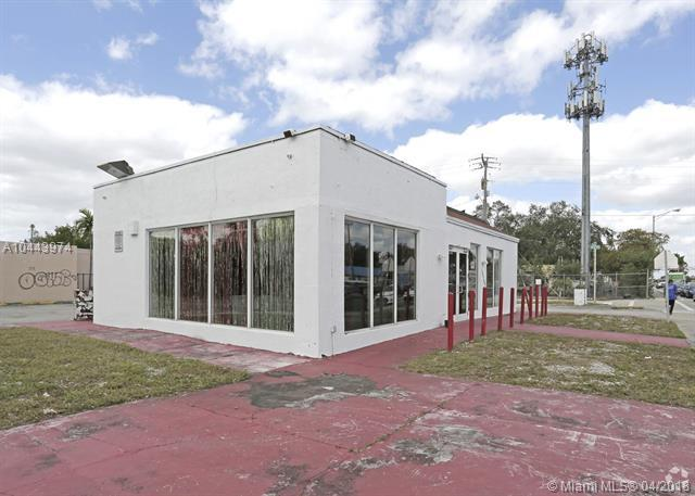 16700 NW 27th Ave, Miami Gardens, FL 33056 (MLS #A10443974) :: Prestige Realty Group