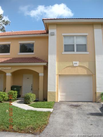 205 Talia Cir, Palm Springs, FL 33461 (MLS #A10444493) :: Stanley Rosen Group