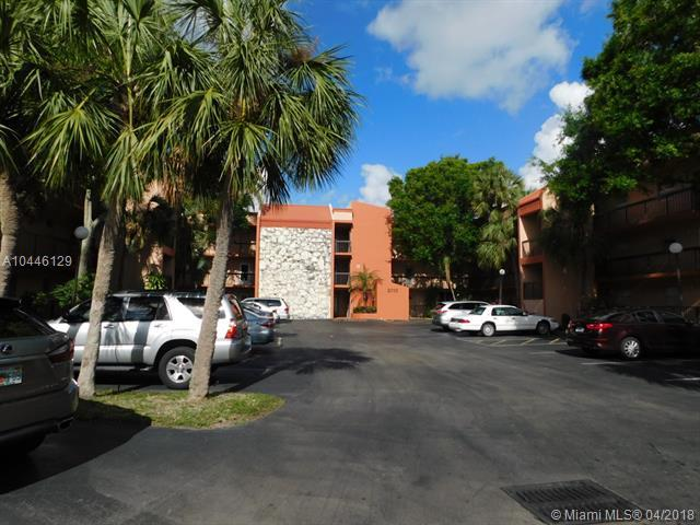 3110 Holiday Springs Blvd #202, Margate, FL 33063 (MLS #A10446129) :: Stanley Rosen Group