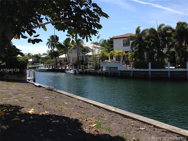 773 NE Harbour Dr, Boca Raton, FL 33431 (MLS #A10446139) :: Stanley Rosen Group