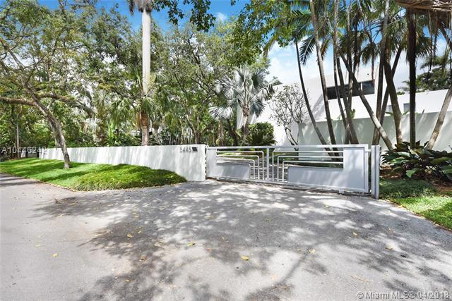 5445 Kerwood Oaks Dr, Coral Gables, FL 33156 (MLS #A10446242) :: Hergenrother Realty Group Miami