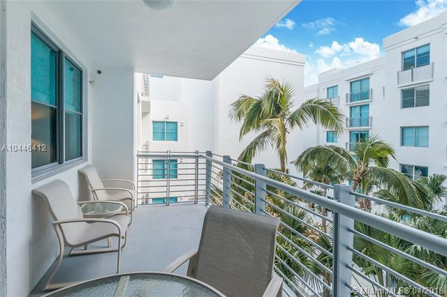 110 Washington Ave #1614, Miami Beach, FL 33139 (MLS #A10446412) :: The Teri Arbogast Team at Keller Williams Partners SW