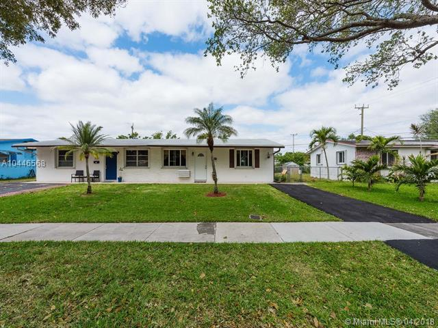 5007 SW 92nd Ave, Cooper City, FL 33328 (MLS #A10446568) :: Green Realty Properties