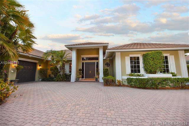 1615 Breakers West Blvd, West Palm Beach, FL 33411 (MLS #A10446671) :: Stanley Rosen Group