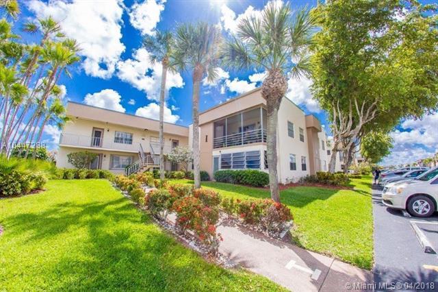 387 Burgundy I #3870, Delray Beach, FL 33484 (MLS #A10447288) :: Stanley Rosen Group