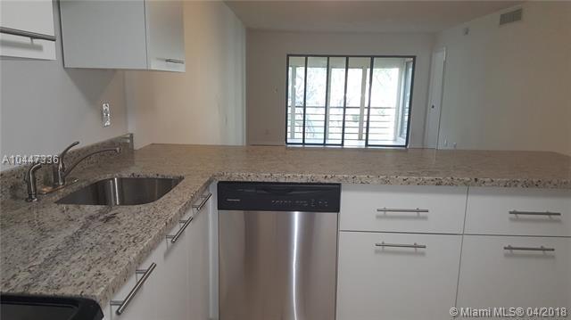 2302 S Cypress Bend Dr #210, Pompano Beach, FL 33069 (MLS #A10447336) :: Green Realty Properties