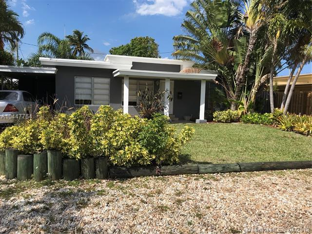 1777 NE 17TH ST, Fort Lauderdale, FL 33305 (MLS #A10447764) :: Stanley Rosen Group