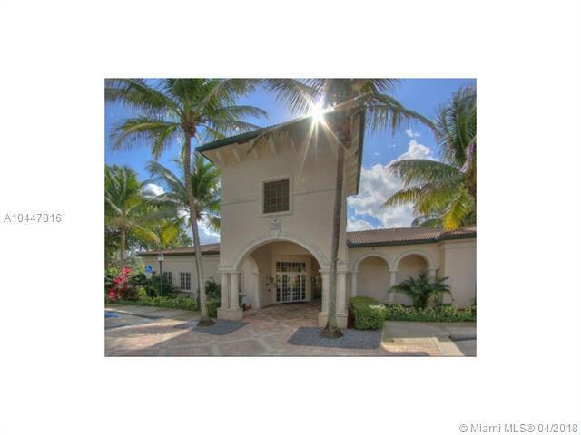 7400 NW 4th St #305, Plantation, FL 33317 (MLS #A10447816) :: Hergenrother Realty Group Miami