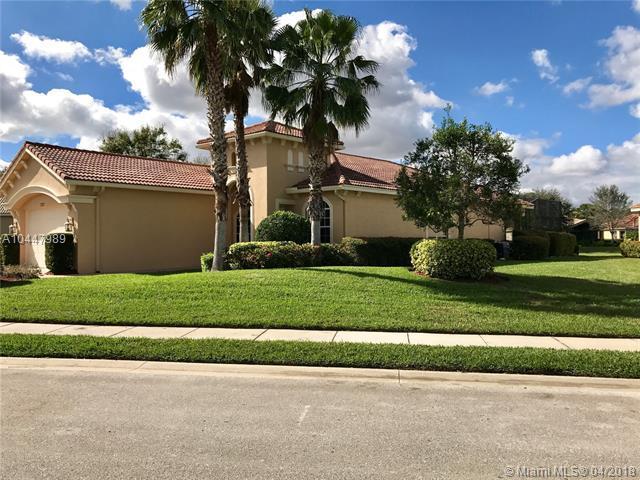 7327 Bob O Link Way, Port St. Lucie, FL 34986 (MLS #A10447989) :: Green Realty Properties