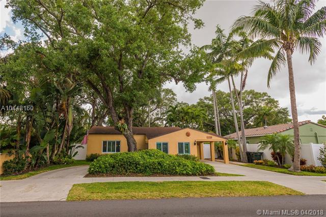 1709 SW 9th Ave, Fort Lauderdale, FL 33315 (MLS #A10448160) :: The Teri Arbogast Team at Keller Williams Partners SW