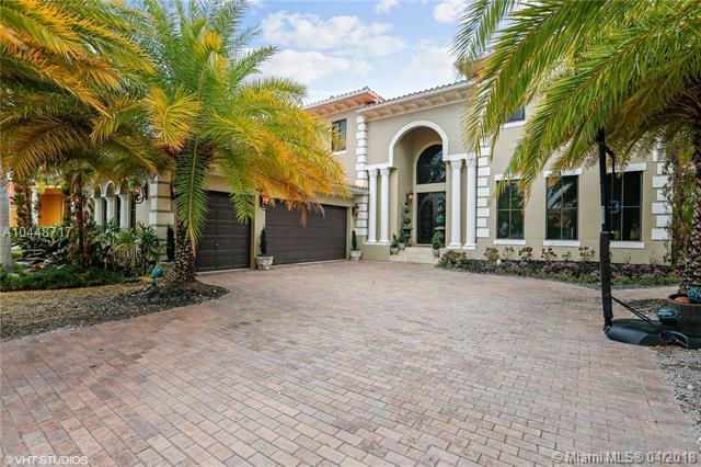 19515 SW 78th Ct, Cutler Bay, FL 33157 (MLS #A10448717) :: Green Realty Properties