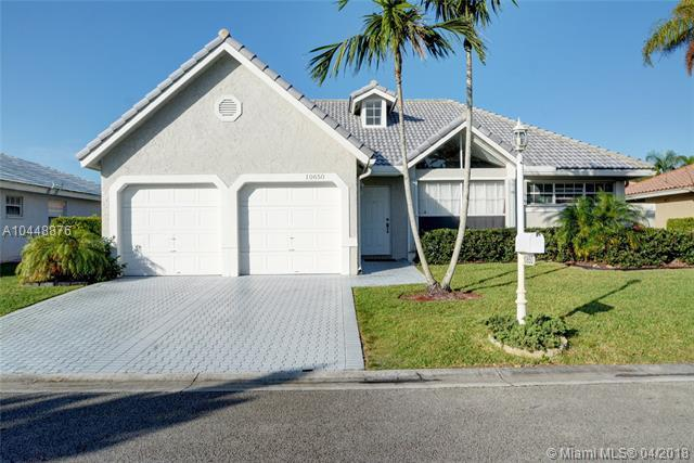 10650 NW 16th Ct, Coral Springs, FL 33071 (MLS #A10448876) :: The Teri Arbogast Team at Keller Williams Partners SW