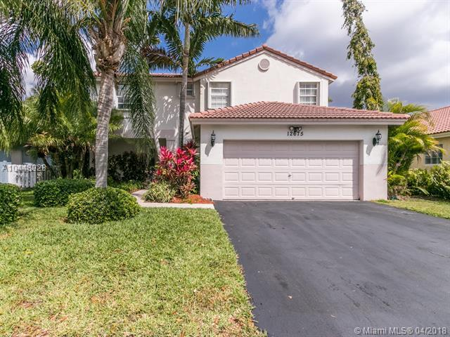 12675 NW 11th Pl, Sunrise, FL 33323 (MLS #A10448923) :: Calibre International Realty