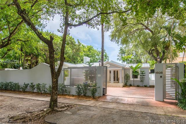 1608 Tigertail Ave, Coconut Grove, FL 33133 (MLS #A10450325) :: Hergenrother Realty Group Miami