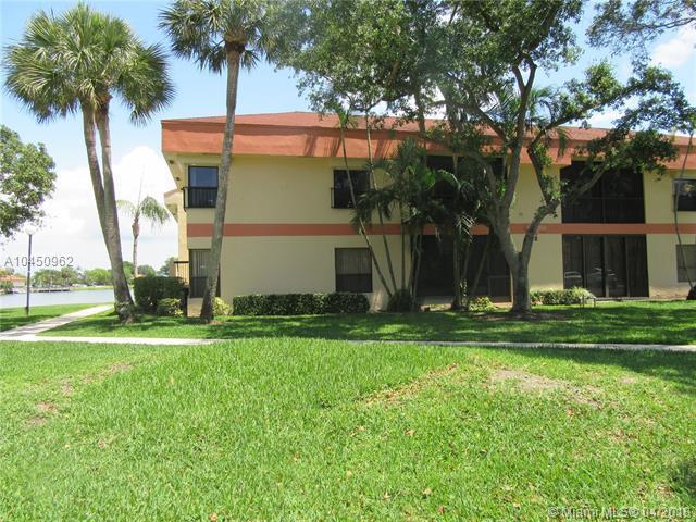 2741 S Carambola Cir S #1916, Coconut Creek, FL 33066 (MLS #A10450962) :: Jamie Seneca & Associates Real Estate Team