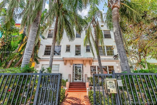 1320 Drexel Ave #304, Miami Beach, FL 33139 (MLS #A10451595) :: The Teri Arbogast Team at Keller Williams Partners SW