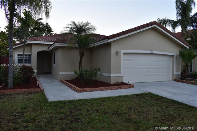 122 Via Milan Ter, Davie, FL 33325 (MLS #A10451627) :: Hergenrother Realty Group Miami