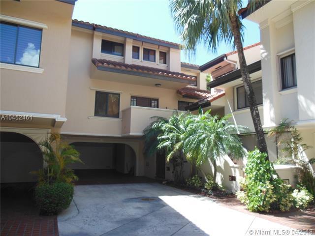 2000 S Bayshore Dr #65, Miami, FL 33133 (MLS #A10452461) :: Stanley Rosen Group