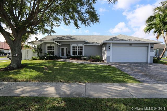 1115 SW 149th Ter, Sunrise, FL 33326 (MLS #A10452594) :: Hergenrother Realty Group Miami