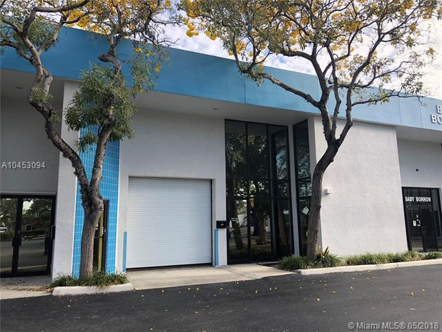 5300 NW 12th Ave #2, Fort Lauderdale, FL 33309 (MLS #A10453094) :: The Teri Arbogast Team at Keller Williams Partners SW
