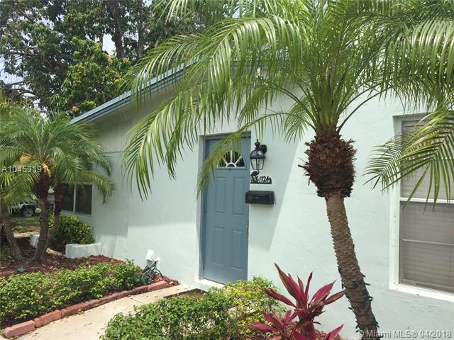 1724 NE 15th Ave, Fort Lauderdale, FL 33305 (MLS #A10453191) :: Stanley Rosen Group