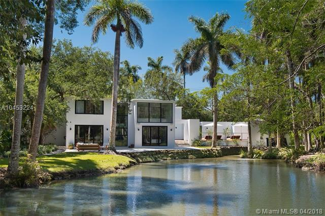 5530 Kerwood Oaks Dr, Coral Gables, FL 33156 (MLS #A10453224) :: The Riley Smith Group