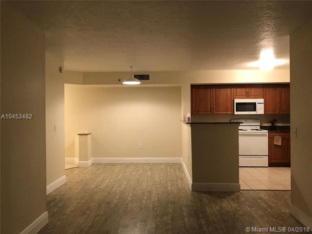 13770 NE 3rd Ct #103, North Miami, FL 33161 (MLS #A10453482) :: Hergenrother Realty Group Miami