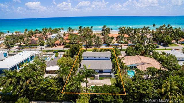 220 Ocean Blvd, Golden Beach, FL 33160 (MLS #A10453497) :: Keller Williams Elite Properties
