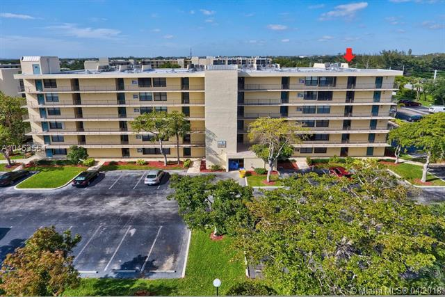 9 Royal Palm Way #6060, Boca Raton, FL 33432 (MLS #A10453554) :: The Teri Arbogast Team at Keller Williams Partners SW