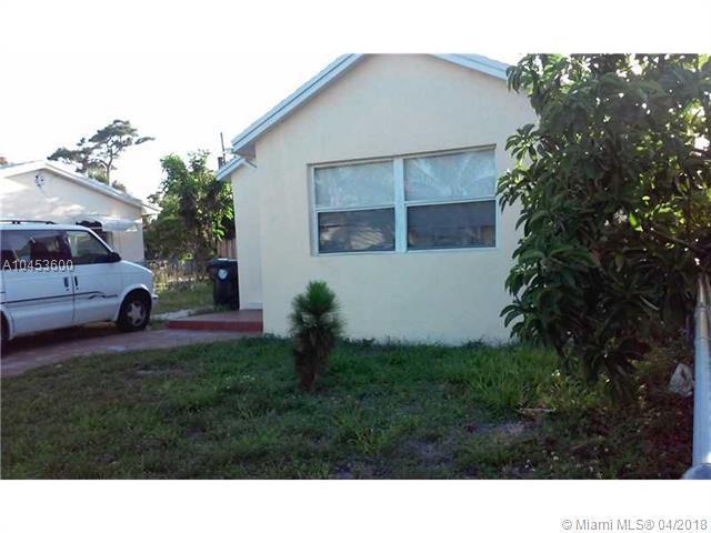 925 N H St, Lake Worth, FL 33460 (MLS #A10453600) :: Green Realty Properties