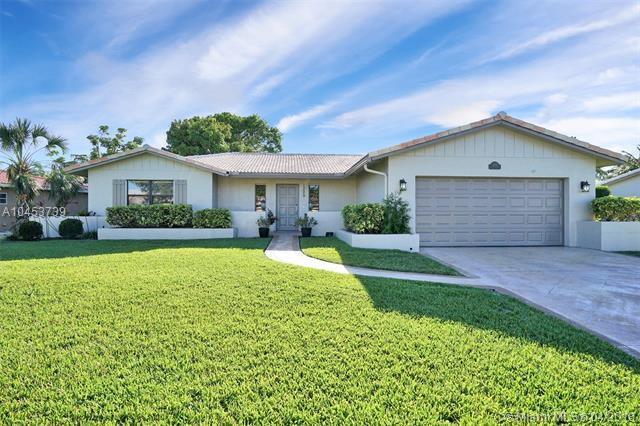 1220 NW 84th Dr, Coral Springs, FL 33071 (MLS #A10453739) :: Jamie Seneca & Associates Real Estate Team