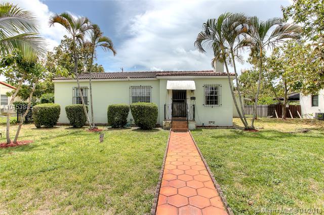 28 NW 111th St, Miami Shores, FL 33168 (MLS #A10453885) :: Carole Smith Real Estate Team