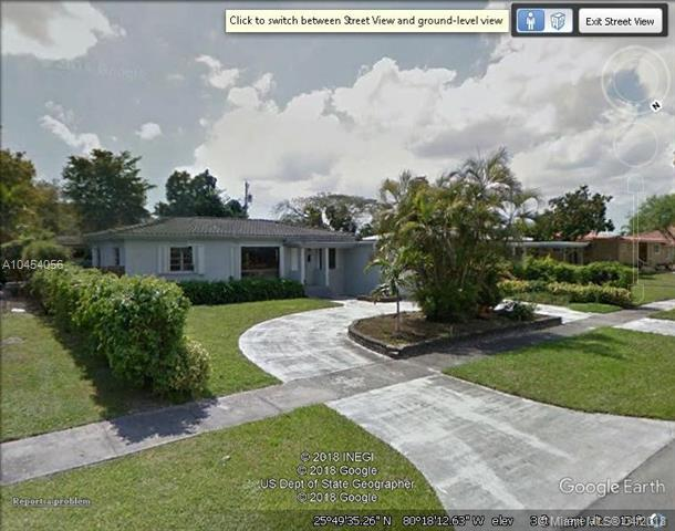 1160 Nightingale Ave, Miami Springs, FL 33166 (MLS #A10454056) :: Hergenrother Realty Group Miami