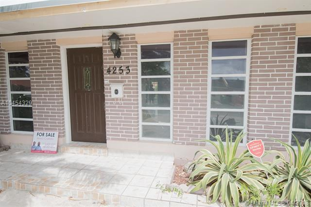 4253 SW 129th Ave, Miami, FL 33175 (MLS #A10454329) :: Stanley Rosen Group