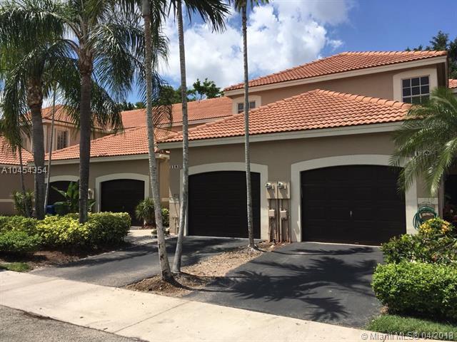 1220 NE Sorrento Dr #1220, Weston, FL 33326 (MLS #A10454354) :: Castelli Real Estate Services