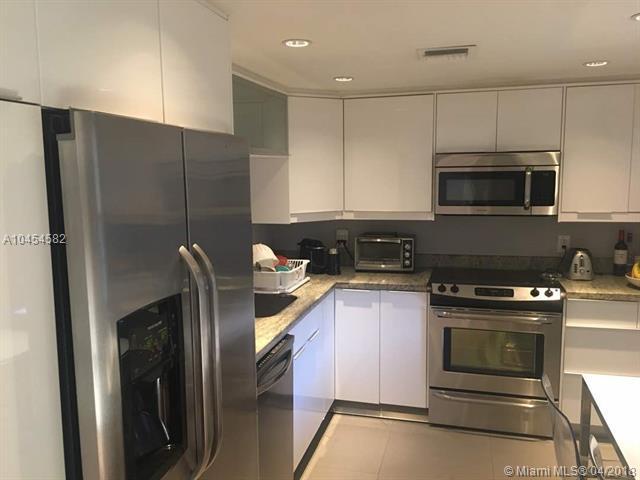 903 Cypress Ter #204, Pompano Beach, FL 33069 (MLS #A10454582) :: Castelli Real Estate Services