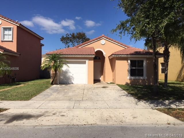 1560 SE 20 RD, Homestead, FL 33035 (MLS #A10454606) :: Hergenrother Realty Group Miami