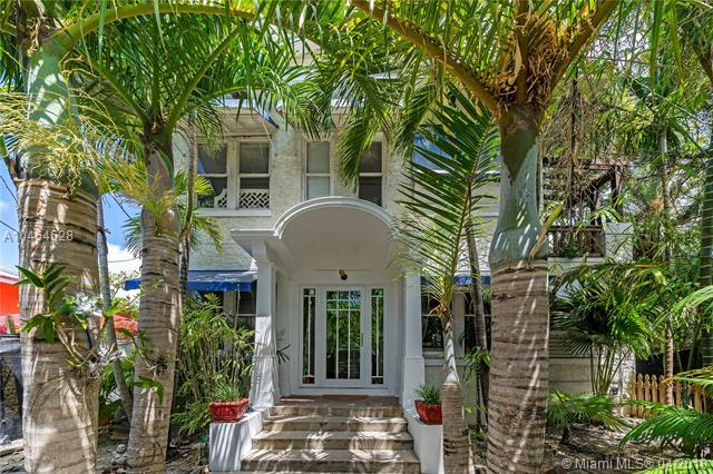 145 NE 22nd St, Miami, FL 33137 (MLS #A10454628) :: The Teri Arbogast Team at Keller Williams Partners SW