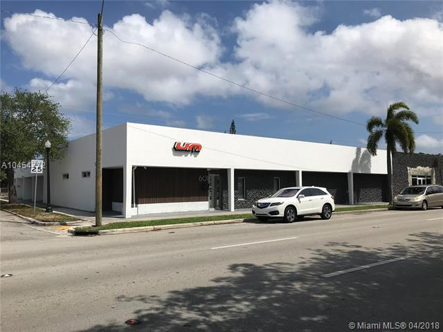 601 S 21st Ave, Hollywood, FL 33020 (MLS #A10454772) :: Hergenrother Realty Group Miami