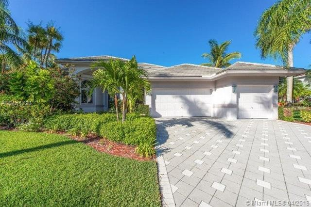 2702 Cypress Ln, Weston, FL 33332 (MLS #A10454791) :: The Teri Arbogast Team at Keller Williams Partners SW