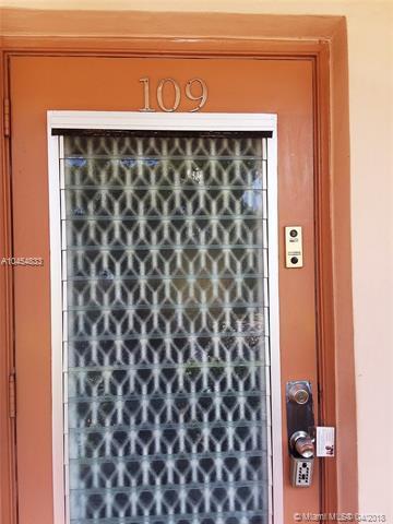 10331 Sunrise Lakes Blvd #109, Sunrise, FL 33322 (MLS #A10454833) :: Jamie Seneca & Associates Real Estate Team