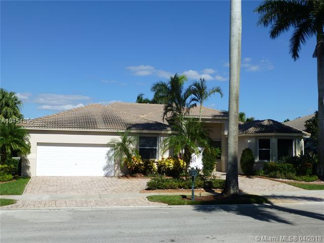 2460 Eagle Run Way, Weston, FL 33327 (MLS #A10454895) :: The Teri Arbogast Team at Keller Williams Partners SW