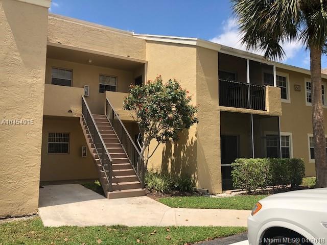 661 Cypress Lake Blvd B20, Deerfield Beach, FL 33064 (MLS #A10454915) :: Stanley Rosen Group