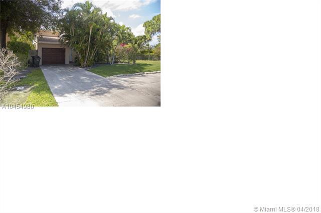 2409 Sundy Ave, Delray Beach, FL 33444 (MLS #A10454980) :: Stanley Rosen Group