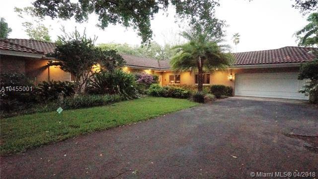 120 N Bel Air Dr, Plantation, FL 33317 (MLS #A10455001) :: Green Realty Properties